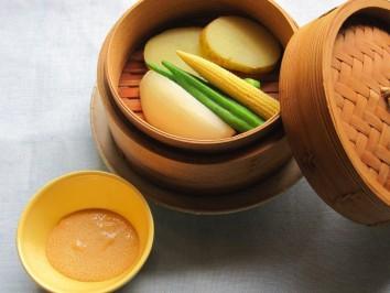 蒸し野菜の明太ディップソース添え